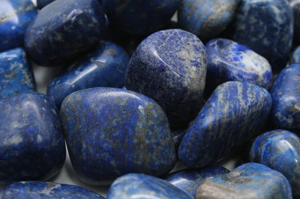 La pierre de lapis lazuli